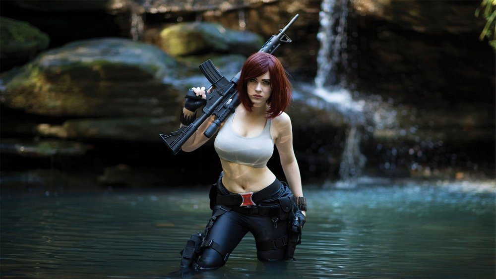 anh cosplay game ban sung