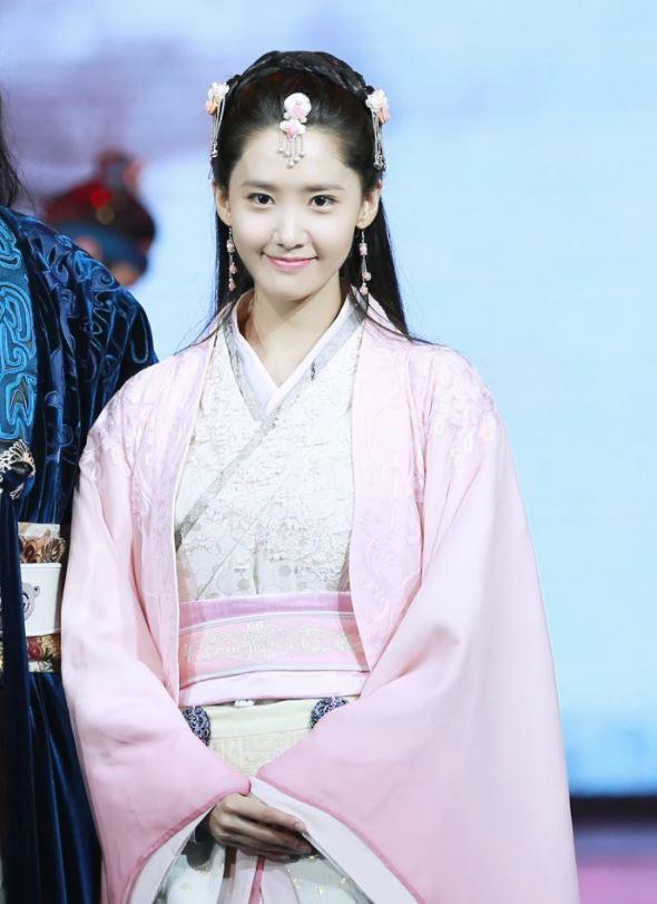 Mỹ nhân Hàn trong trang phục cổ trang